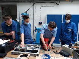 Vytvoření impulsu a jeho kontrola na osciloskopu