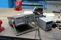 Seznámení se s měřením na osciloskopu